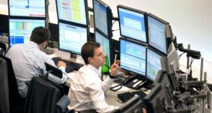 Mercati sotto stress- spread oltre i 330 punti