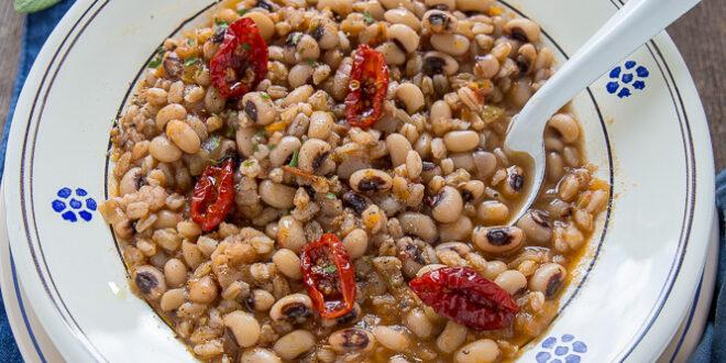 Ricetta zuppa di fagioli e farro