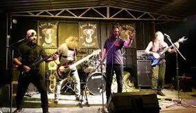 Kme: Impressioni post concerto del gruppo rock Camera Oscura
