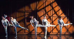 ragazzi che danzano