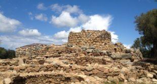 nuraghe arzachena archeologia cantiere