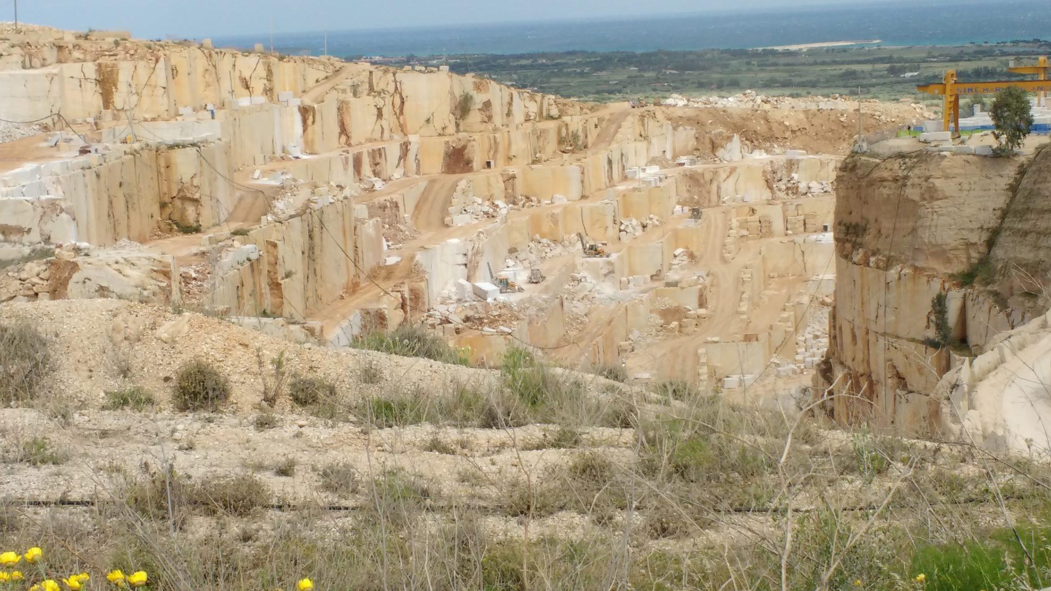 Cava IMG 20160514 145844604 Cave e lavorazione del marmo: gli studi sul bacino di Orosei