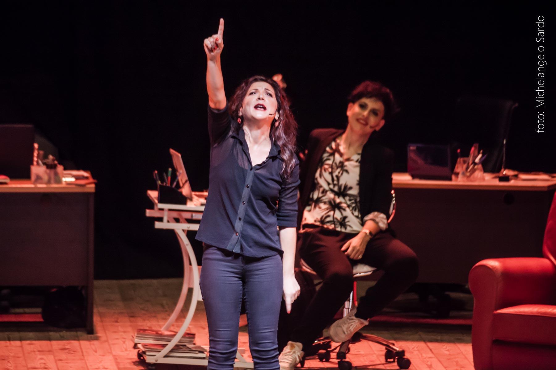 2La conosci Giulia TanyaMara Grande successo per lo spettacolo La conosci Giulia?