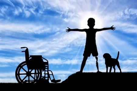 82584390 concepto de niños con discapacidades feliz minusválido niño con una prótesis pierna de pie cerca de una silla d Dare potere alle persone con disabilità: convegno a Cagliari