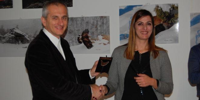 consegna premio Premio Puggioneddu Deprata al comune di Fonni