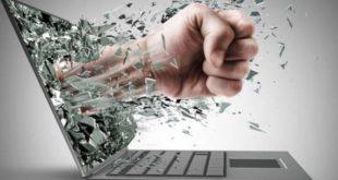 download 1 1 Olbia: la storia di Carolina, la prima vittima di cyberbullismo in Italia