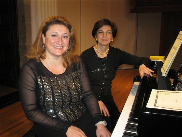 foto Duo pianistico Aurora Cogliandro Rosabianca Rachel Festival pianistico del Conservatorio con Aurora Cogliandro