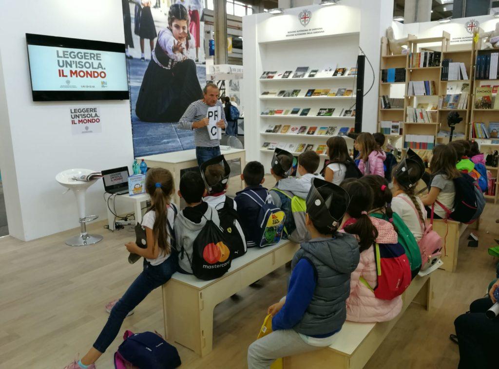 padiglione sardegna Salone del libro di Torino: presente anche la Sardegna