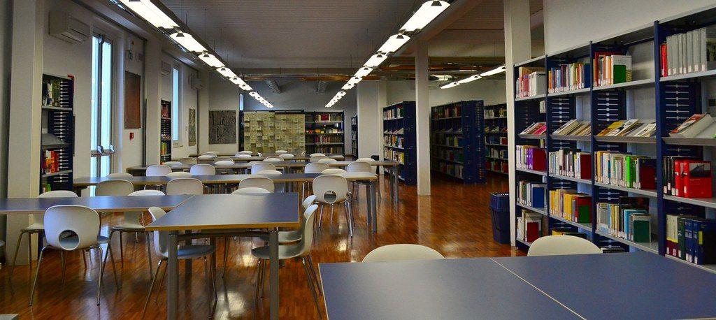 14540199983 e335062ec6 b Biblioteca Lussu, mostra dei giovani illustratori