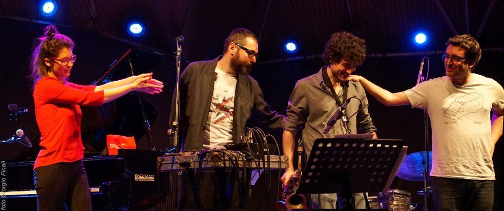 Camilla Battaglia Emit m Serata finale ad Alghero con il concorso per giovani band
