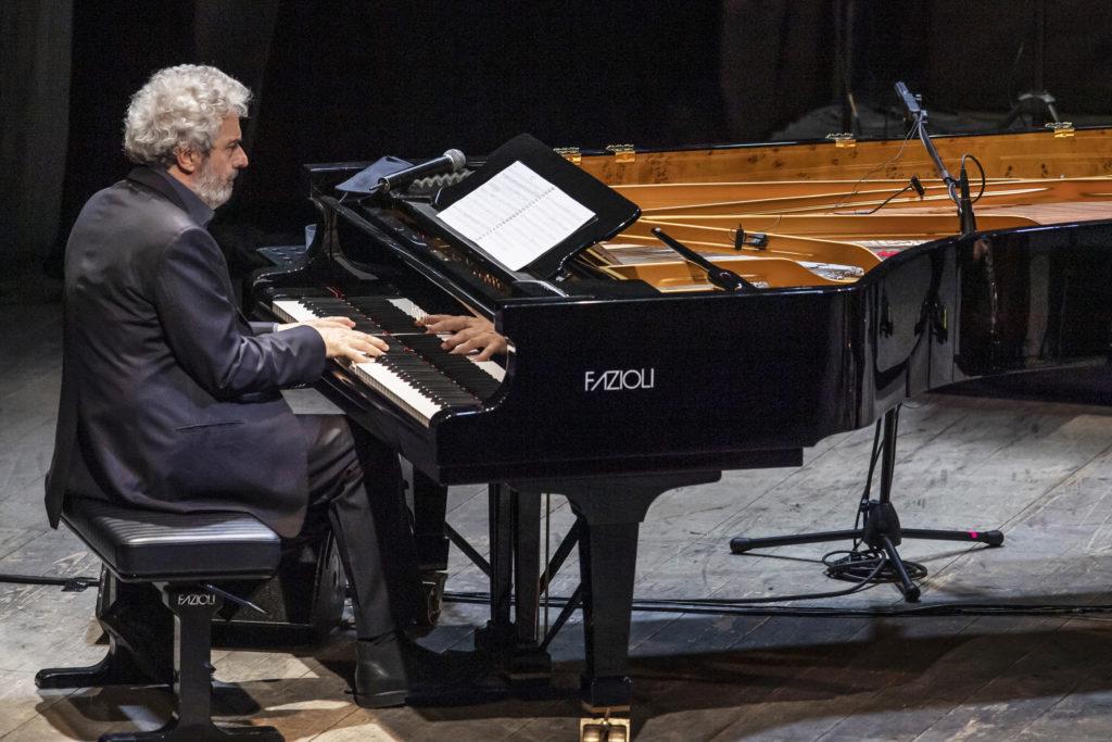 1Foto concerto nicola piovani milano 01 gennaio 2019 prandoni 176 Nicola Piovani a Santa Teresa Gallura il 24 agosto 2019