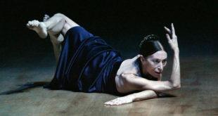 Teatro spettacolo danza femminilità