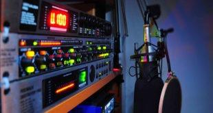 Lo studio di una radio