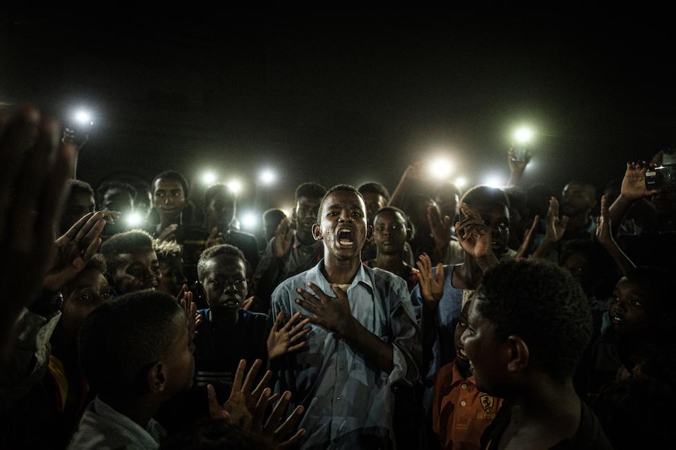 003 World Press Photo of the Year Nominee Yasuyoshi Chiba Agence France Presse La protesta in Sudan e le altre foto premiate al World Press Photo 2020