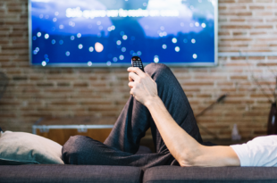 divano e tv