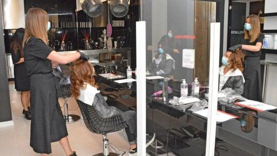 I parrucchieri potranno riaprire dal 18 maggio anche il lunedì e la domenica
