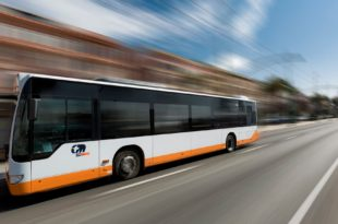 CTM bus in strada