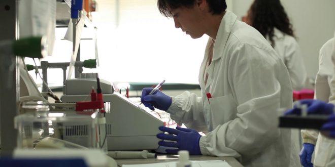 ricercatore medico