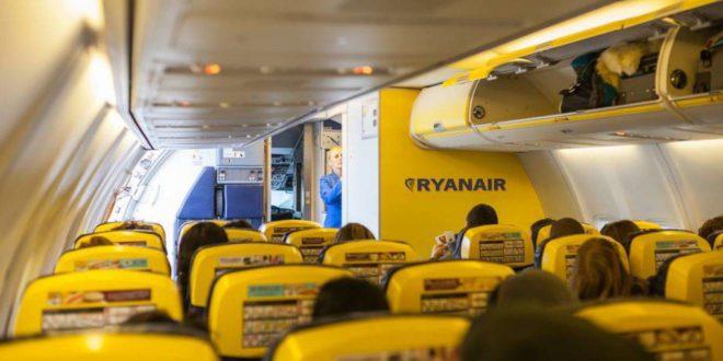ryanair interni aereo