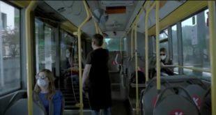 persone sul bus