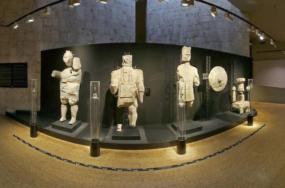 statue 912x603 1 Fase 3: Museo Archeologico Cagliari riapre in sicurezza