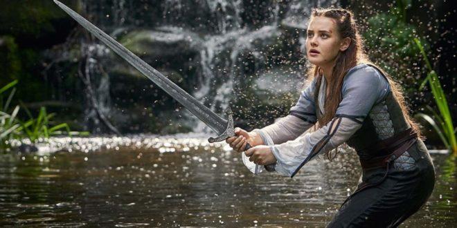 Cursed, la nuova serie tv Netflix riscrive la storia di Re Artù