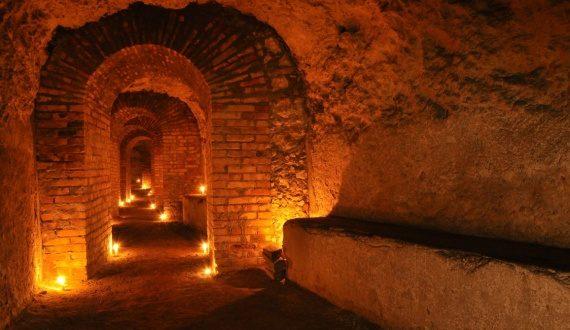 Visita alla Galleria-Rifugio dei Salesiani con calice di vino