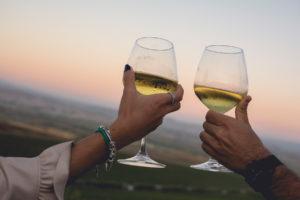 calici su entu I tramonti con buona cucina e buon vino