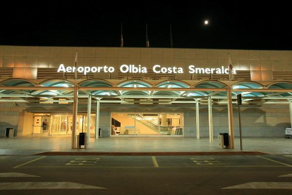 Doccia prima di partire, nuovo servizio aeroporto Olbia