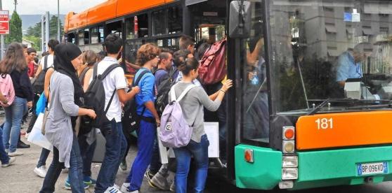 studenti autobus Scuola sarda agevolazioni per gli studenti nei trasporti pubblici