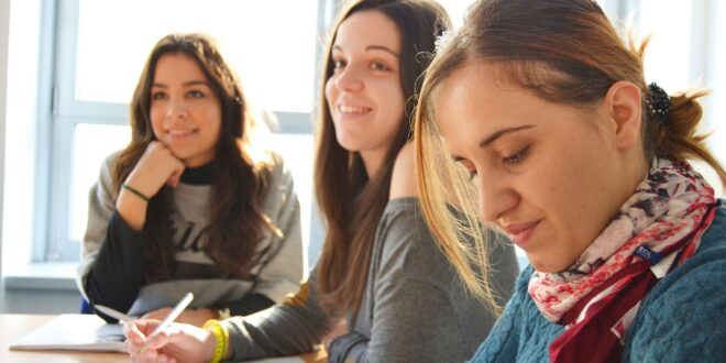 studenti scuola lingue