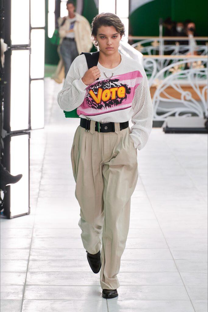 Louis Vuitton LV moda stampa scritta Fashionweek Parigi fashionweek