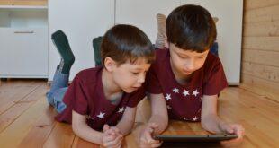 Bambino Gesù – Tablet e 'under 12', i rischi per la salute