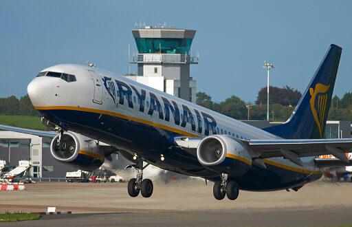 Ryanair: voli da Cagliari per Palermo, Brindisi e Perugia