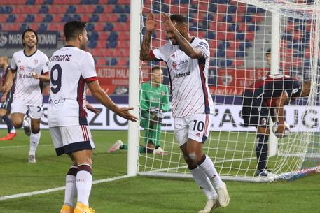 Bologna-Cagliari: João Pedro segna il gol dell'1-0
