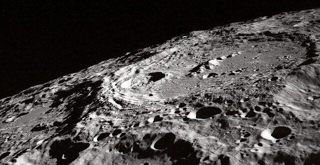 Acqua sulla Luna: rilevata l'impronta spettrale