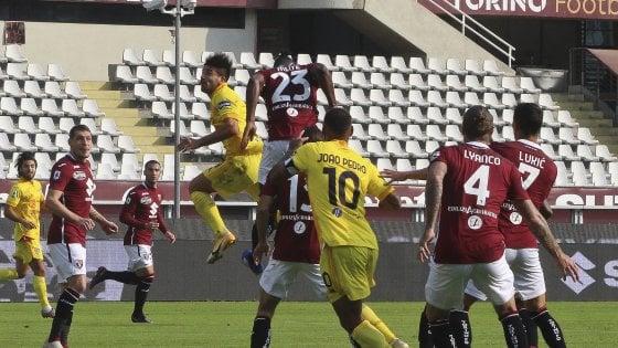 azione della partita di calcio Torino-Cagliari 2-3