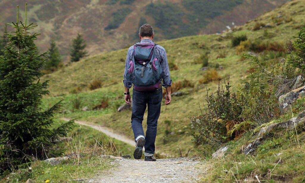 trekking escursione cagliari tiscali