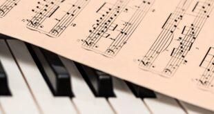 musica e spartito