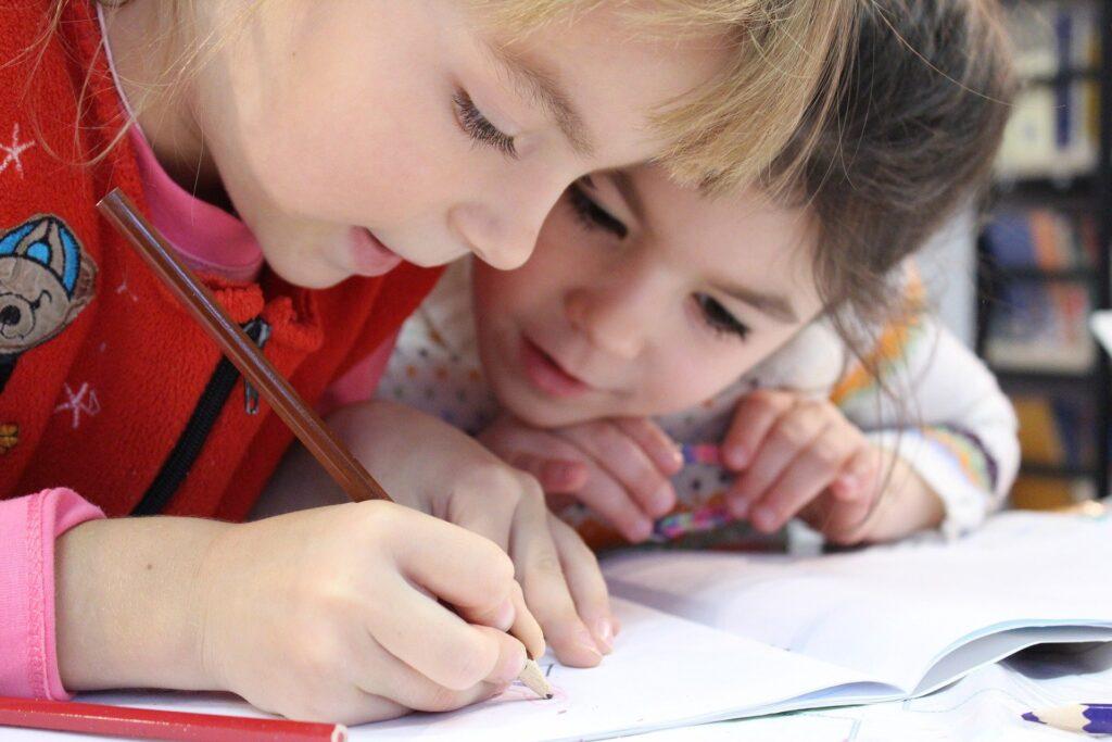 CNAPPC giovani disegnano futuro scuola e città