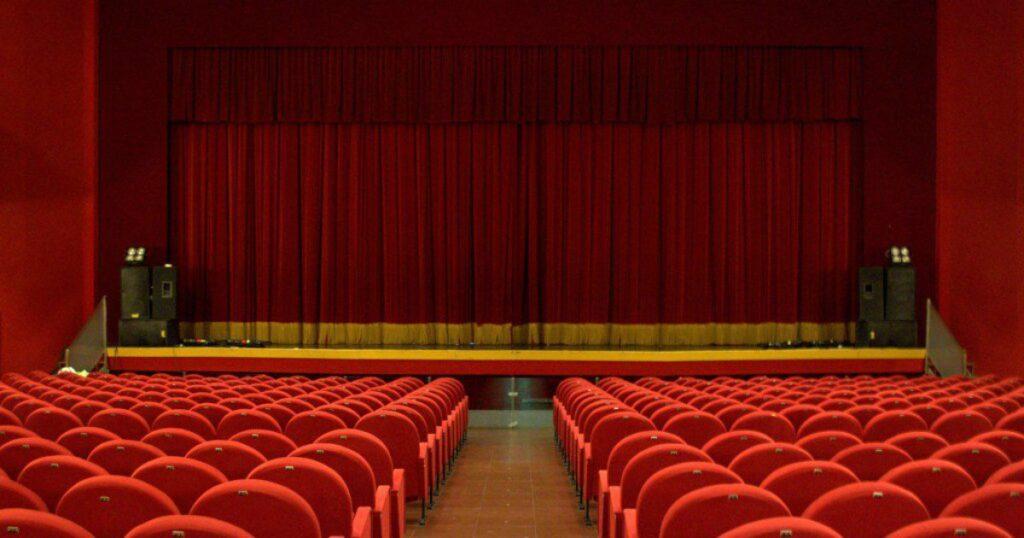 Teatro Cilea tagliato 1 1