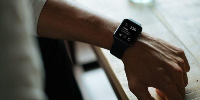smartwatch, orologio, facebook