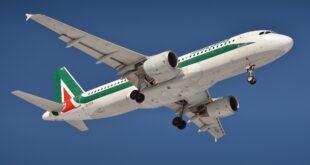 the plane 3352694 1920 1
