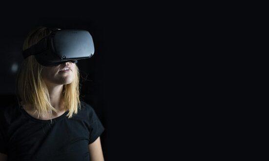 virtual reality 4490469 340