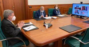 Il ministro Enrico Giovannini in video conferenza con sindacati