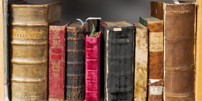 book 1659717 1920 1