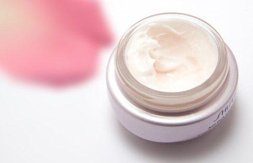 cream 194116 340