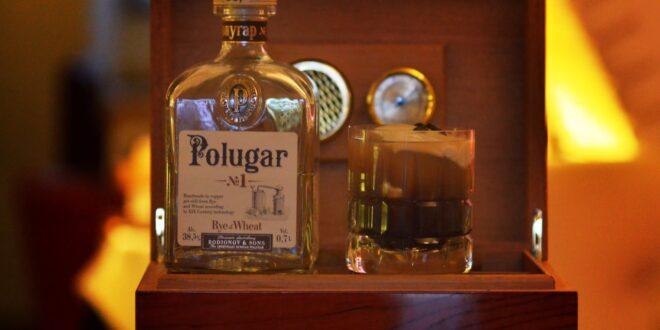 drink CI PENSA DRUGO di Laura Schirru Photo by Antonio Lobrano