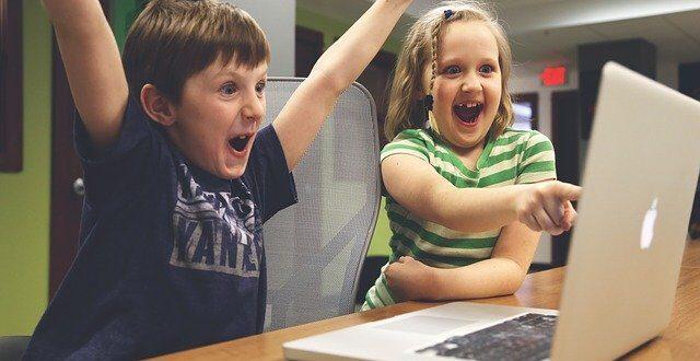 bambini educazione digitale