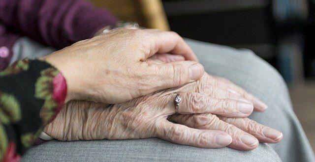 anziani no allabuso